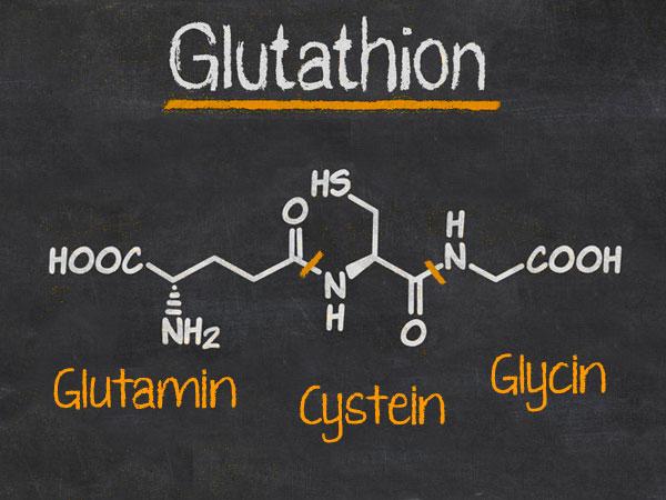 Struktur von Glutathion bestehend aus Glutamin, Cystein und Glycin. ©  zerbor 123rf.com. Verändert © foodfibel.de.
